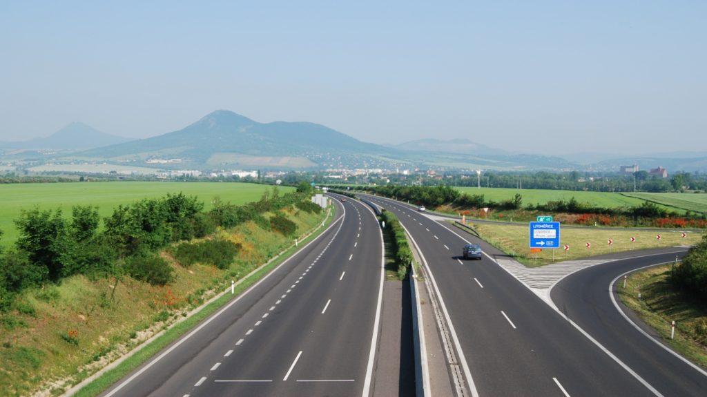 Автотрасса D8 Прага – граница с Германией